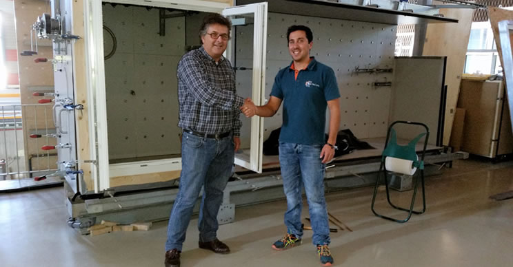 Mestre Raposa receives certification for a new wood window profile MR-IV 78 at the University of Coimbra (UC)