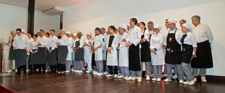 The event is a huge success because of the lovely students of Faro Catering College, and their teachers