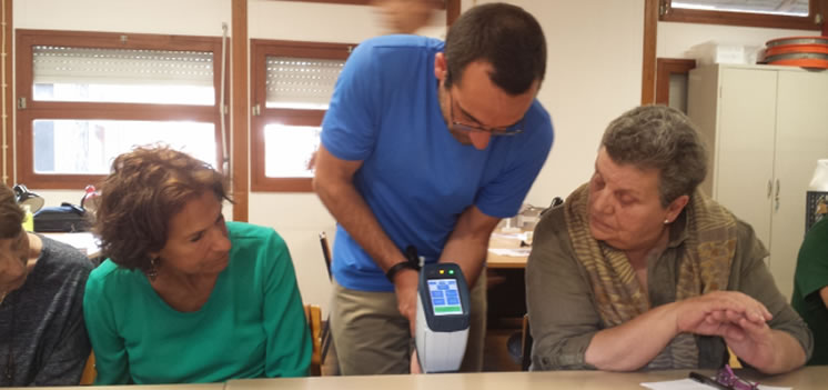 Lithics workshop, Dr Telmo Pereira and PXRF machine