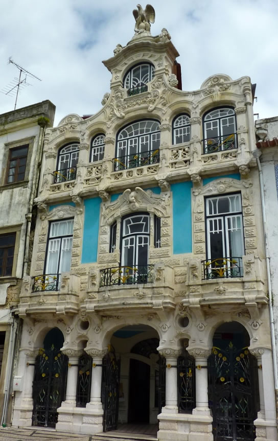 Arte Nouveau house in Aveiro