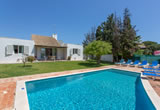 A Beautifully Presented V4 Villa in Popular Guia - £350,000