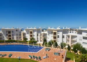 Luxury apartment at one of Albufeira's most popular developments