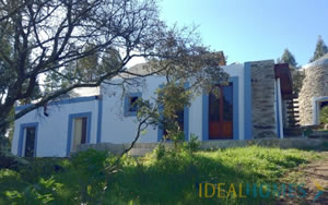 Windmill and 2 millers cottages is set in a rural location at Sao Marcos da Serra, and for sale at €159,000