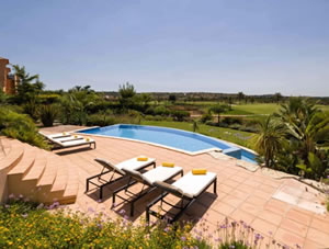 Luxurious four bedroom villa with private gardens, infinity pool, BBQ and terraces