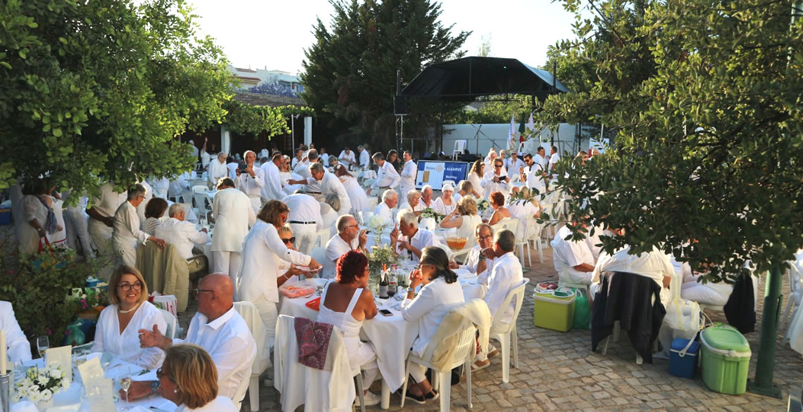 5th annual iconic White Night Dinner