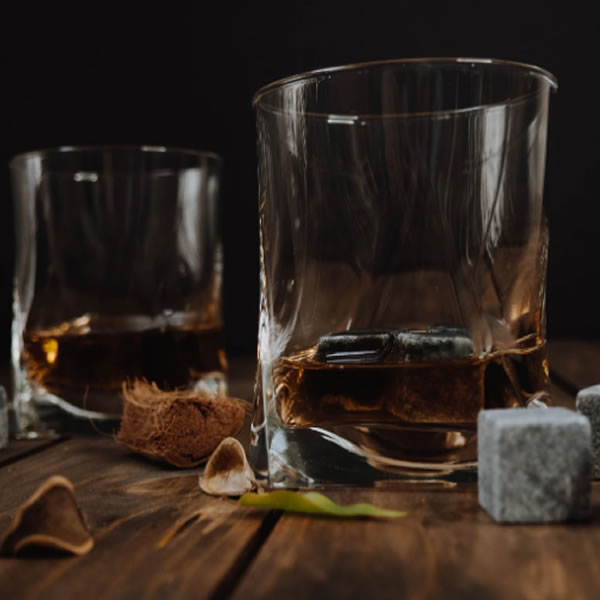 How Do Quality Alcoholic Beverages Retain Their Taste and Become Even Better With Time?