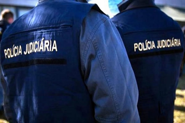 WOMAN SHOT BY HER HUSBAND ON THE STREET IN PORTIMÂO