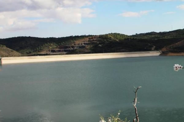 Castro Marim municipal assembly defends Foupana Dam amidst drought concerns