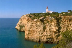 "Opening of lighthouses to the public are ""a great success"" in Lagoa and Faro"