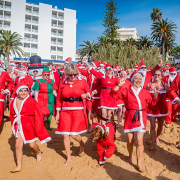 Christmas Swim 2018 photo by Diogo Correia