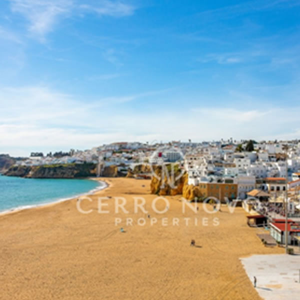 An ideal investment or live-work property in the heart of Old Town Albufeira