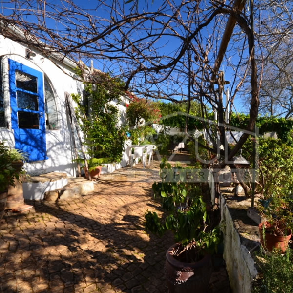 Fully Renovated 5 Bedroom Traditional Quinta, With 2 Annexes - near Loulé