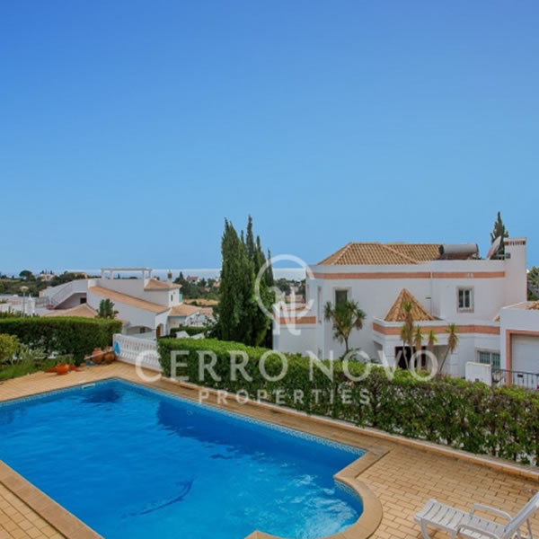 A Substantial V4 Villa with Swimming Pool and Distant Ocean Views