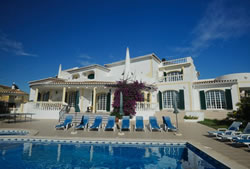 Six bedroom villa with pool in Carvoeiro